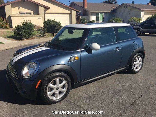 2009 MINI Cooper Base 2dr Hatchback