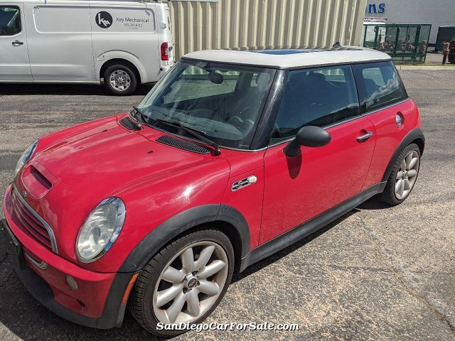 2003 MINI Cooper S 2dr Supercharged Hatchback
